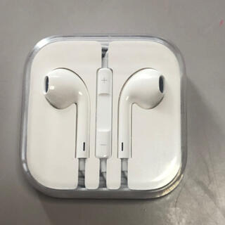 アップル(Apple)のふわり様専用 iphone純正イヤフォン新品未使用品(ヘッドフォン/イヤフォン)