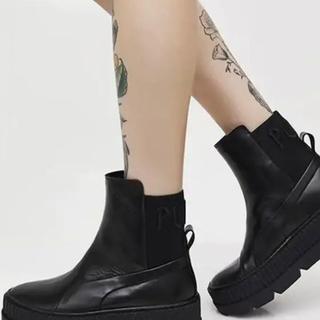 PUMA - プーマ フェンティ リアーナ Chelsea Sneaker Boot