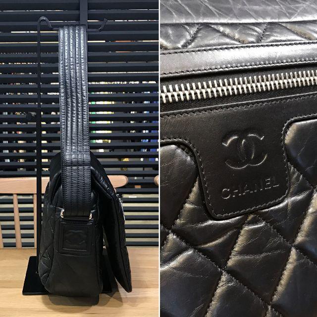 CHANEL(シャネル)の新品同様 シャネル コココクーン スモールメッセンジャーバッグ レザー 黒 革 レディースのバッグ(ショルダーバッグ)の商品写真