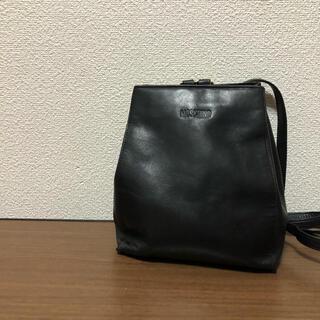 モスキーノ(MOSCHINO)の【高級】モスキーノ MOSCHINO リュック バックパック 黒 ブラック 金具(リュック/バックパック)