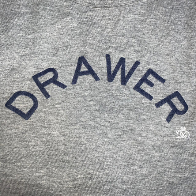 Drawer(ドゥロワー)のDrawerプリントショートスリーブ 半袖Tシャツグレー レディースのトップス(Tシャツ(半袖/袖なし))の商品写真