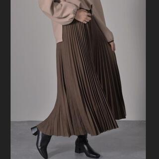 RETRO GIRL - *レトロガール ピーチプリーツスカート