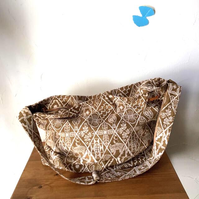 mina perhonen(ミナペルホネン)のミナペルホネンくたっとバッグ シンフォニー レディースのバッグ(ショルダーバッグ)の商品写真