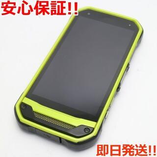 キョウセラ(京セラ)の美品 SIMロック解除済 au TORQUE G03 グリーン 白ロム(スマートフォン本体)