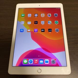 アイパッド(iPad)のiPad Air2 Wi-Fi+au○A1567○ディスプレイ割れなし○(タブレット)