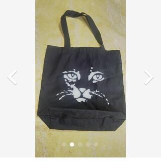 エモダ(EMODA)のEMODA 花柄裏地 おとなトートバッグ 黒猫 (トートバッグ)