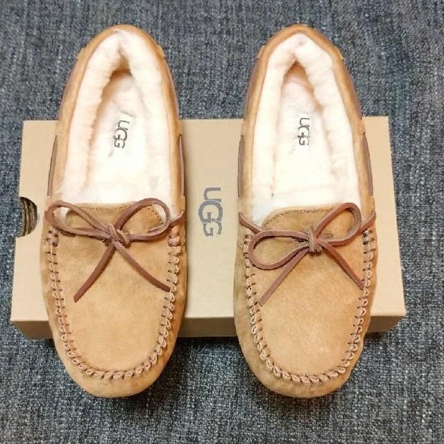 UGG(アグ)のUGG ダコタ モカシン 24cm (chestnut)  レディースの靴/シューズ(スリッポン/モカシン)の商品写真