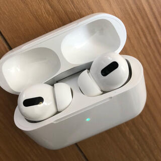 イヤホン bluetooth 無線 ケース付き AppleAirPods pro