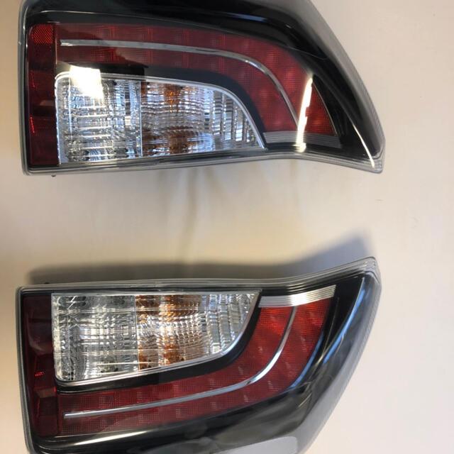 トヨタ(トヨタ)のプリウス 純正テールランプ 自動車/バイクの自動車(車種別パーツ)の商品写真