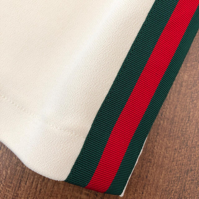Gucci(グッチ)の【ご専用】グッチ 新品ワンピース 40 レディースのワンピース(ひざ丈ワンピース)の商品写真