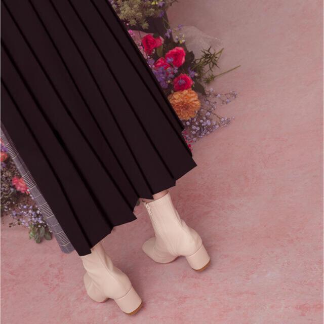 GRL(グレイル)のストレッチ太ヒールショートブーツ レディースの靴/シューズ(ブーツ)の商品写真