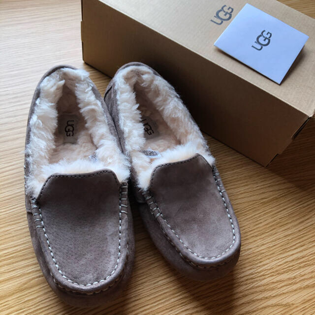 UGG(アグ)のUGG アグ アンスレー スレート 23cm レディースの靴/シューズ(スリッポン/モカシン)の商品写真
