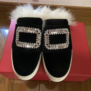 ロジェヴィヴィエ(ROGER VIVIER)のロジェヴィヴィエスリッポン靴(スリッポン/モカシン)