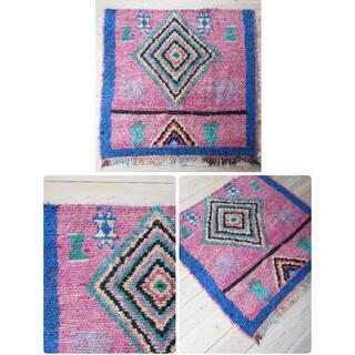 イデー(IDEE)の未使用 Moroccan Boucherouite rug ボシャルウィット(ラグ)