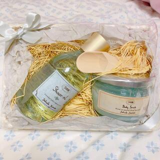 SABON - SABON デリケートジャスミン スクラブ シャワーオイル プレゼント