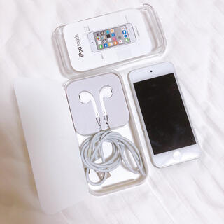 iPod touch - 美品 ❤︎ iPod touch 第6世代 32GB