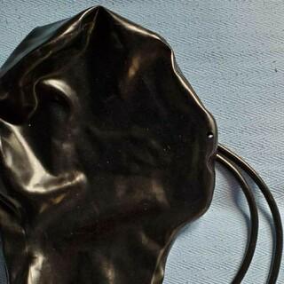 黒ラバーラテックス鼻穴のみマスク チューブ付(小道具)