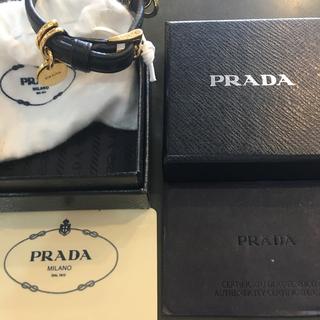 PRADA - プラダブレスレット 2番目穴に癖あり