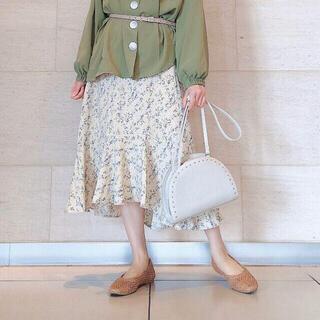 ジーユー(GU)のGU 切り替えフレアプリントスカート(フラワー)(ロングスカート)