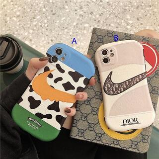人気 iPhone 12 proケースiPhone 11promaxケース