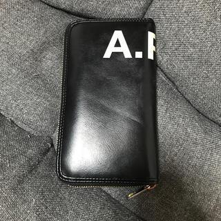 アーペーセー(A.P.C)のA.P.C長財布 ユニセックス(長財布)