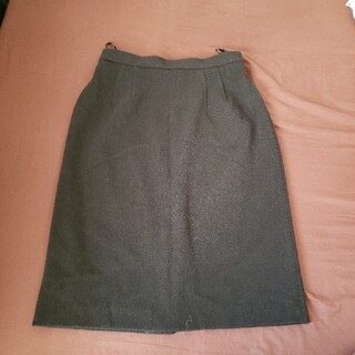 【BERCHER】シンプルスカート(ひざ丈スカート)