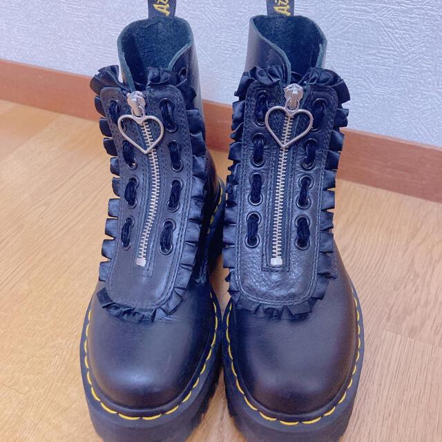 Dr.Martens(ドクターマーチン)の可様専用 ドクターマーチン レイジーオーフ 8ホール レディースの靴/シューズ(ブーツ)の商品写真