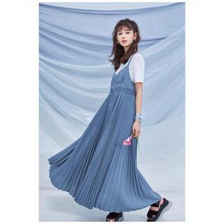 COCO DEAL - 【最終値下げ】Tシャツセットプリーツキャミワンピース
