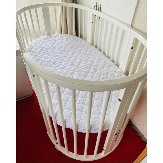 2020年購入 ストッケ ベビーベッド ホワイト  キッズ/ベビー/マタニティの寝具/家具(ベビーベッド)の商品写真