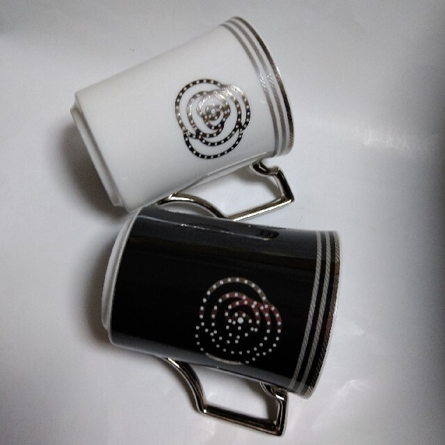 Noritake(ノリタケ)のノリタケ マグカップ(ペア) インテリア/住まい/日用品のキッチン/食器(食器)の商品写真