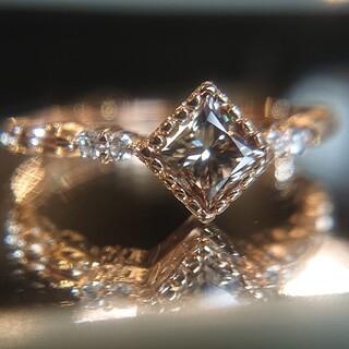ブラウンダイヤモンド リング K18 プリンセスカット ダイヤ