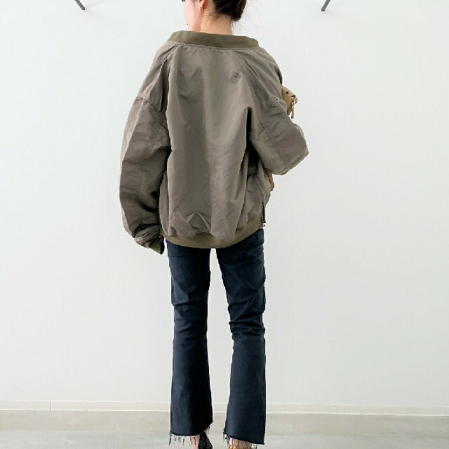 L'Appartement DEUXIEME CLASSE(アパルトモンドゥーズィエムクラス)の新品未使用タグ付 アパルトモン レミレリーフ Side Zip MA-1 レディースのジャケット/アウター(ブルゾン)の商品写真