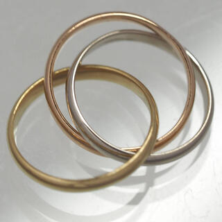 カルティエ(Cartier)のカルティエ 3連トリニティ×イエロー/ホワイト/ピンクゴールド×ペンダントトップ(チャーム)