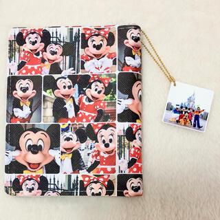 【SALE】合皮製見開きカードケース ディズニー ミッキーミニー 実写柄