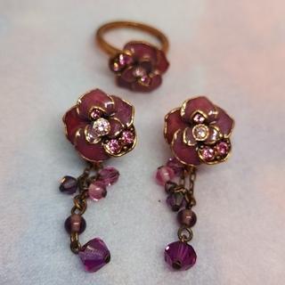 ANNA SUI - アナスイ ANNA SUI バラのイヤリングとリングのセット