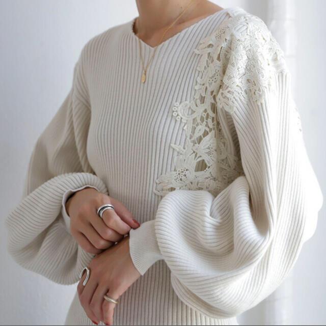 antiqua(アンティカ)の☆値下げ☆新品 antiqua Vネック レース 綿ニット Lサイズ レディースのトップス(ニット/セーター)の商品写真