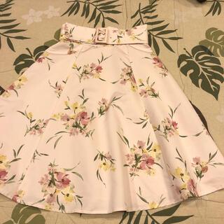 アプワイザーリッシェ(Apuweiser-riche)のアプワイザーリッシェ 花柄スカート(ひざ丈スカート)