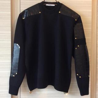 【新品】 GIVENCHY  ジバンシィ  ★牛革・装飾セーター★