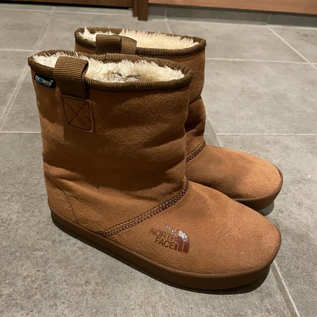 THE NORTH FACE(ザノースフェイス)のノースフェイス  ヌプシ キッズ ガールズ 21センチ NORTH  FACE キッズ/ベビー/マタニティのキッズ靴/シューズ(15cm~)(ブーツ)の商品写真
