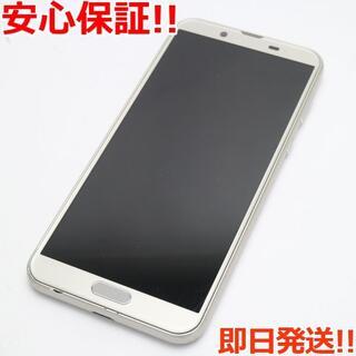 アクオス(AQUOS)の美品 SIMロック解除済 SH-01L ホワイト (スマートフォン本体)