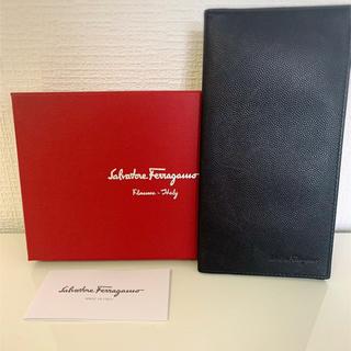 サルヴァトーレフェラガモ(Salvatore Ferragamo)の✳︎箱付フェラガモ✳︎ユニセック長財布(長財布)