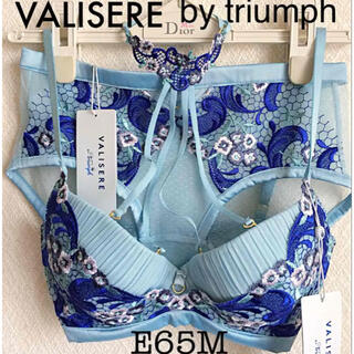 Triumph - 【新品タグ付】VALISERE bytriumph/E65(定価¥23,760)
