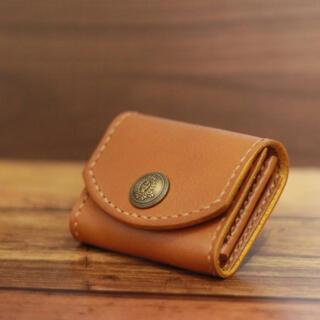 【牛本革  コインケース  】小銭入れ ☆ キップ ヌメ革 キャメル