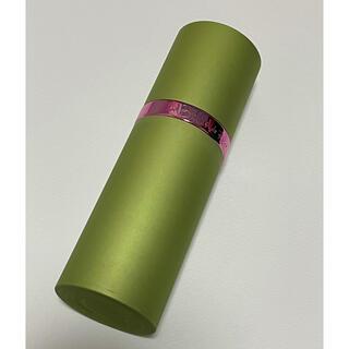 ニナリッチ(NINA RICCI)のニナリッチ レベルドゥリッチ1  廃盤品 50ml(香水(女性用))