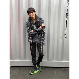 sacai - 綾野剛着★sacai 20ss レイヤード ドッキングシャツ miu404