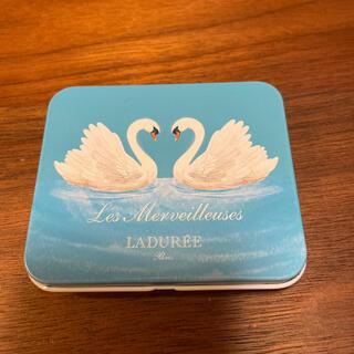 Les Merveilleuses LADUREE - レ・メルヴェイユーズ ラデュレ 102 チークカラーパレット