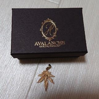 AVALANCHE - AVALANCHEイエローゴールドトップ