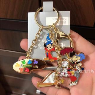 ミッキーマウス - 上海ディズニーランド ファンタジア ミッキー インクアンドペイント キーチェーン