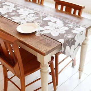 おしゃれなテーブルランナー タッセル付き(180×33cm, シルバーフラワー)(ローテーブル)