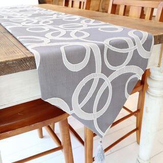 テーブルランナー タッセル付き(180×33cm, シルバー サークル模様)(ローテーブル)
